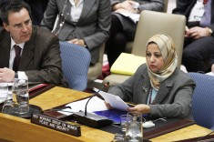 Amina Megheirbi, on behalf of the Non-Governmental Organization (NGO) Working Group on Women, Peace and Security, speaks at the Security Council's meeting on conflict-related sexual violence (UN photo/Debra Berkowitz)