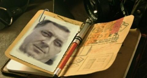 Dodik u nečijem novčaniku ... (Courtesy photo)