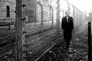 Former UN Secretary-General Ban Ki-moon visits the Nazi concentration camp at Auschwitz-Birkenau in Poland, where millions of Jews and members of other minorities perished during the Second World War. 18 November 2013 /UN Photo/Evan Schneider