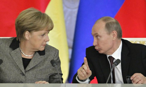 Merkel and Putin (Courtesy photo for education only)
