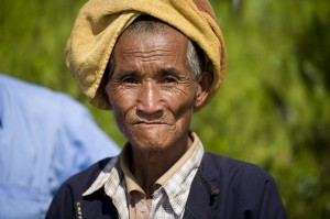 """A villager in Kyauk Ka Char, Shan State """"Drug Alternative Development Project"""", co-sponsored by Myanmar's Government and the UN Office on Drugs and Crime (UNODC). April 2012 Kyauk Ka Char, Myanmar (UN photo by Mark Garten)"""