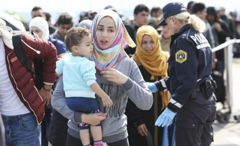 Growing number of refugees and displaced persons in 2017 according to UN report (Public domain photo - Center for Mediterranean Integration, the World Bank group, the United Nations and AFD; for education only)