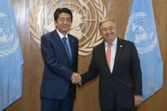Secretary-General António Guterres (right) meets with Shinzo Abe, Prime Minister of Japan. 25 September 2018 United Nations, New York (UN photo by Iskender Debebe)