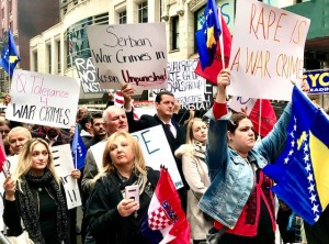 Protestors from Bosnian, Croatian and Kosovo/Albanian American communities at the #RallyForHerJustice event in New York, 29 October 2019 (Photo News for Education Web - Erol Avdovic)