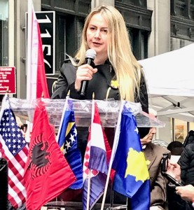 Velma Šarić, president of the Post-Conflict Research Centar from Sarajevo, Bosnia and Herzegovina speaking to the #RallyForHerJustice event in New York, 29 October 2019 (Photo News for Education Web - Erol Avdovic)