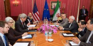 P5+1 negotiators meet with their Iranian counterparts during nuclear negotiations in Lausanne, Switzerland. (Photo: US Department of State 2015)