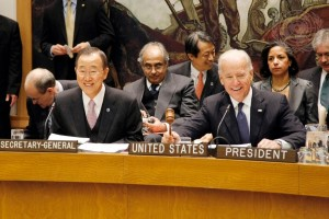 Joe Biden (right), Vice President of the United States of America, opens the Security Council's high-level meeting on Iraq. Seated beside him is Secretary-General Ban Ki-moon. UN Photo/Paulo Filgueiras (2014)